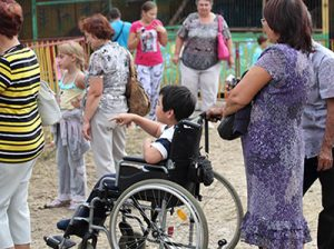 TogliattiAzot program for adopting disabled children